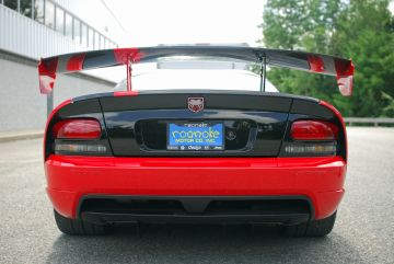 Dodge Viper SRT-10 Rear View