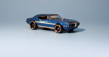 Hot Wheels 67 Pontiac Firebird - 2010 New Models