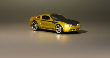 Hot Wheels 2005 Ford Mustang GT Treasure Hunt