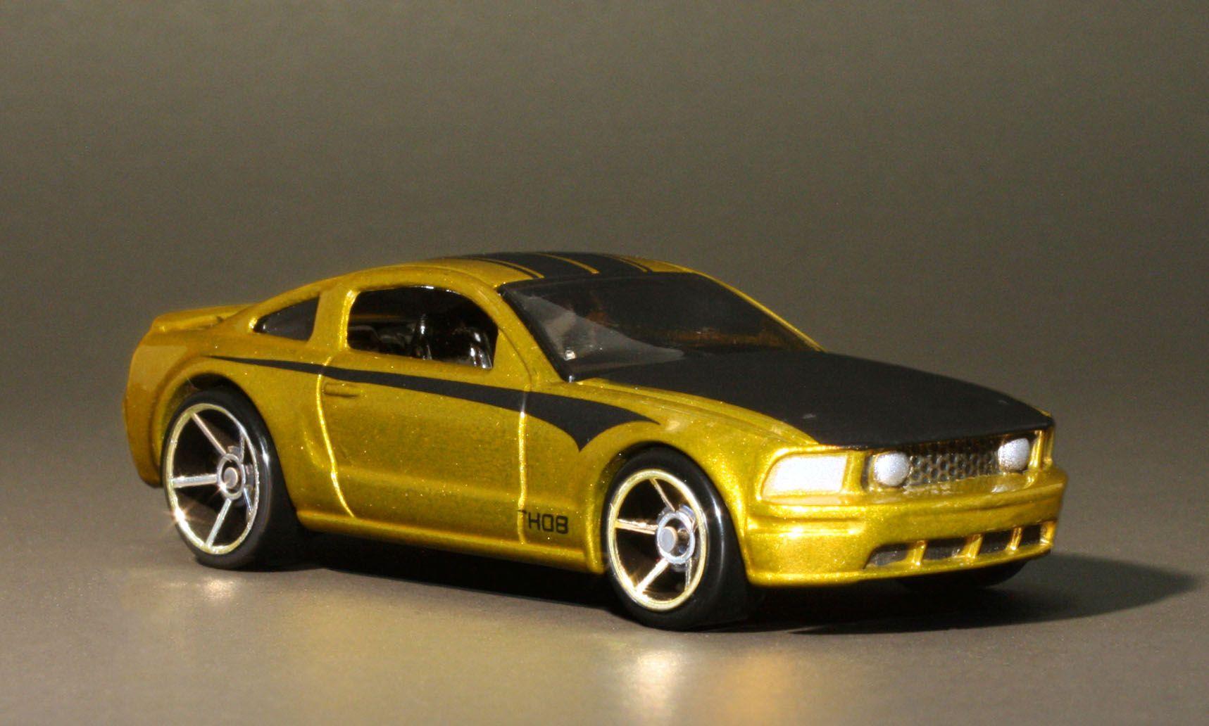 Hot wheels 2005 ford mustang gt treasure hunt