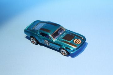 Hot Wheels  67 Shelby GT500 Cool Classics Top View