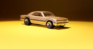 Gold Hot Wheels 67 Chevelle SS 396