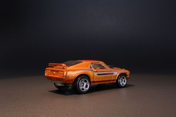 Copper Spectrafrost Hot Wheels Mustang Mach I 2013 release