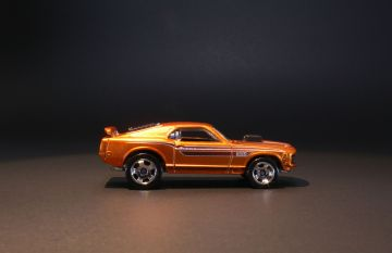 Hot Wheels 1970 Ford Mustang Mach I from Cool Classics series 1